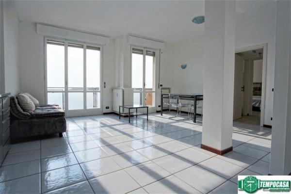 Appartamento in affitto a Peschiera Borromeo, 3 locali, prezzo € 800 | Cambio Casa.it