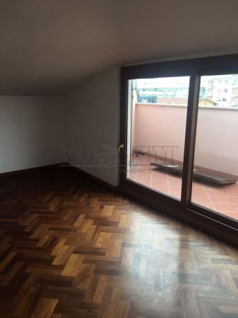 Attico / Mansarda in affitto a Pescara, 3 locali, prezzo € 550 | Cambio Casa.it