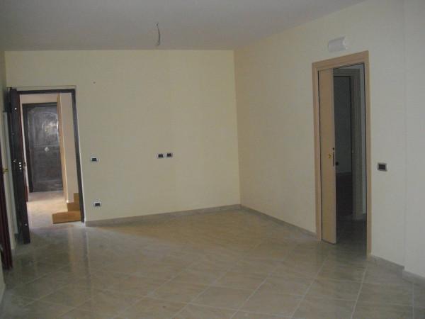 Appartamento in vendita a Frattamaggiore, 4 locali, prezzo € 135.000 | Cambio Casa.it