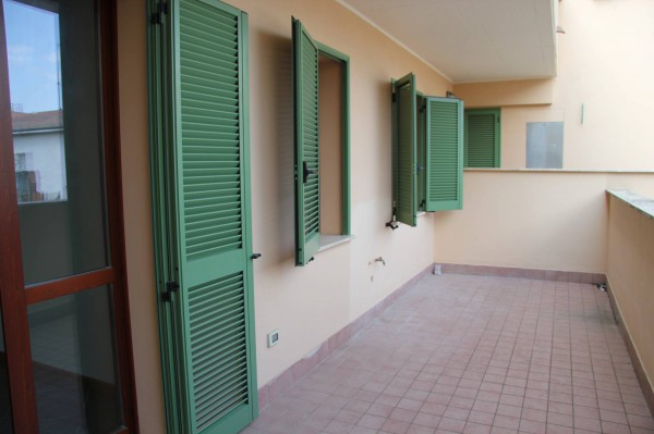 Appartamento in vendita a Foligno, 4 locali, prezzo € 150.000 | Cambio Casa.it