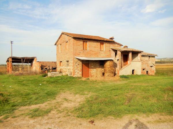 Rustico / Casale in Vendita a Marsciano