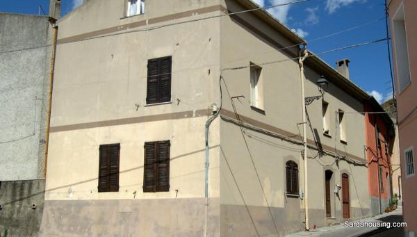 Soluzione Indipendente in vendita a Oschiri, 3 locali, prezzo € 35.000 | Cambio Casa.it