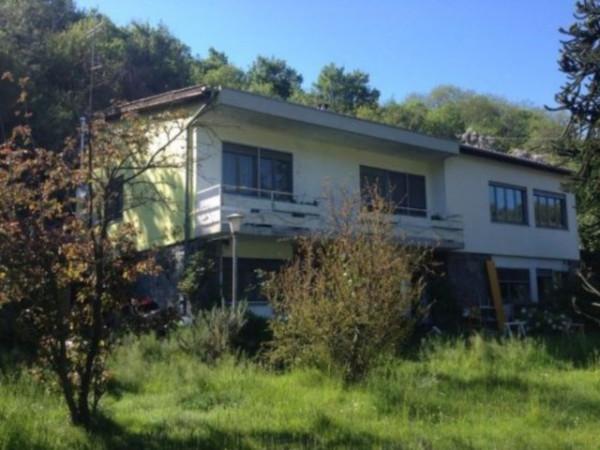 Villa in Vendita a Ivrea