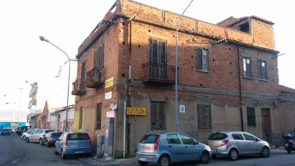 Palazzo / Stabile in vendita a Messina, 6 locali, prezzo € 220.000 | CambioCasa.it