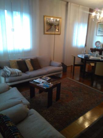 Villa in vendita a Padova, 6 locali, zona Zona: 5 . Sud-Ovest (Armistizio-Savonarola), prezzo € 650.000   Cambio Casa.it