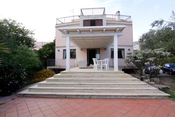 Villa in affitto a Siracusa, 6 locali, prezzo € 1.000 | Cambio Casa.it