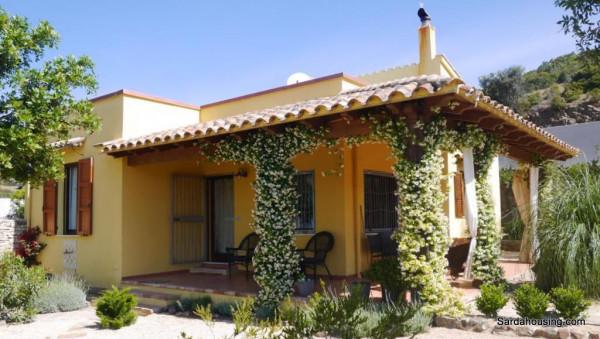 Villa in vendita a Dolianova, 4 locali, prezzo € 290.000 | Cambio Casa.it