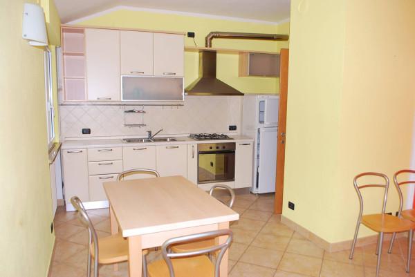 Villa in vendita a Rodello, 4 locali, prezzo € 165.000 | Cambio Casa.it