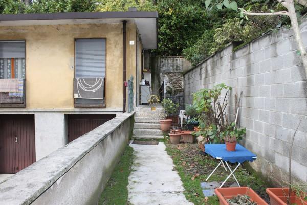 Appartamento in vendita a Carate Brianza, 3 locali, prezzo € 88.000 | Cambio Casa.it