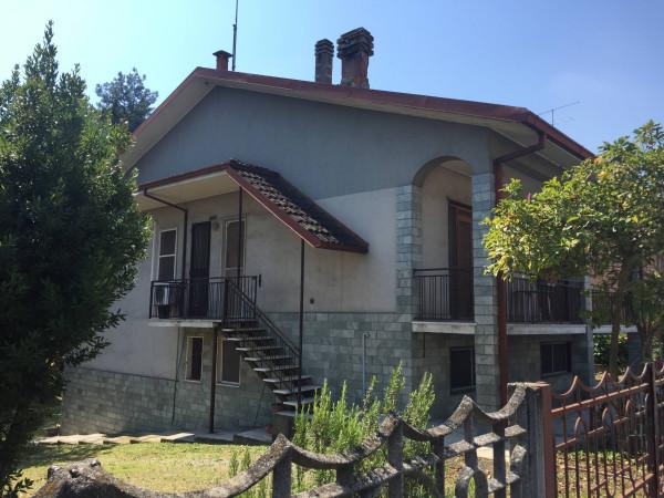 Villa in vendita a San Colombano al Lambro, 4 locali, prezzo € 295.000 | Cambio Casa.it
