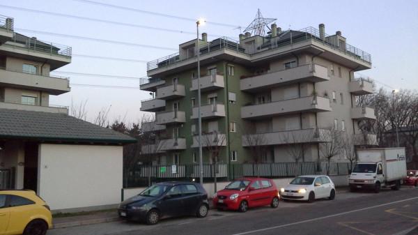 Appartamento in affitto a Rho, 2 locali, prezzo € 550 | Cambio Casa.it
