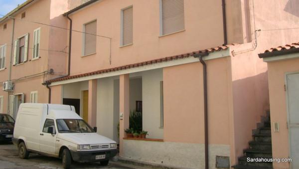 Appartamento in vendita a Berchidda, 4 locali, prezzo € 70.000 | Cambio Casa.it