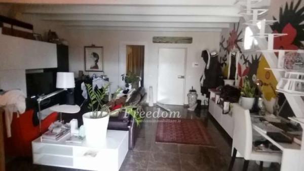 Appartamento in Vendita a Catania Centro: 2 locali, 65 mq