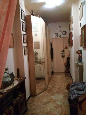 Appartamento in Vendita a Genova Periferia Est: 2 locali, 60 mq