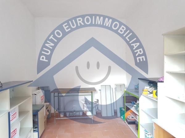 Box / Garage in Vendita a Acerra