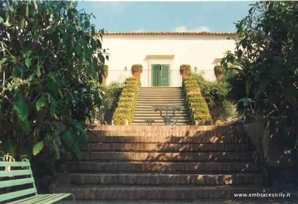 Villa in vendita a Ragusa, 6 locali, prezzo € 1.300.000 | Cambio Casa.it