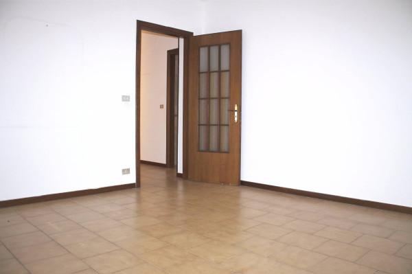 Appartamento in affitto a Valenzano, 2 locali, prezzo € 440 | Cambio Casa.it