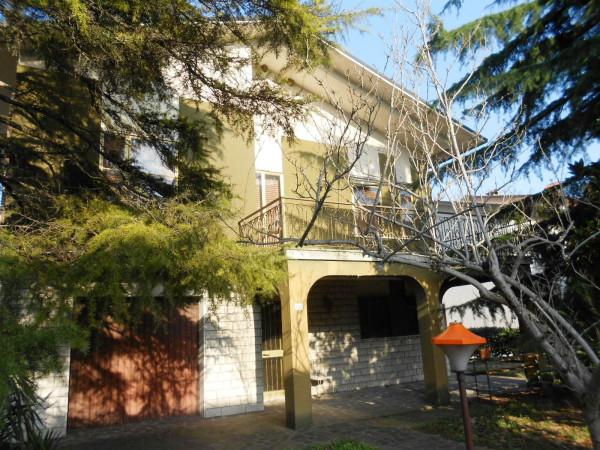 Villa in Vendita a Ravenna