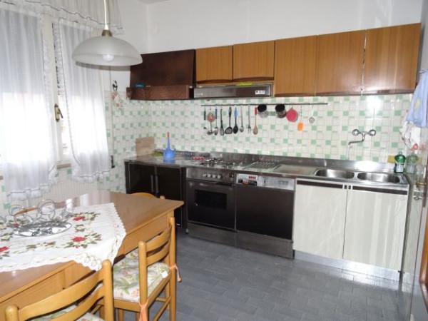 Appartamento in affitto a Fontanafredda, 6 locali, prezzo € 480 | Cambio Casa.it