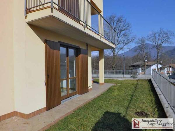 Appartamento in vendita a Leggiuno, 3 locali, prezzo € 150.000 | Cambio Casa.it