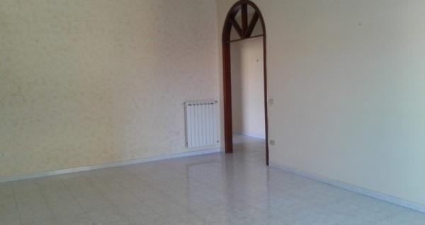 Appartamento in vendita a Melito di Napoli, 6 locali, prezzo € 185.000 | Cambio Casa.it