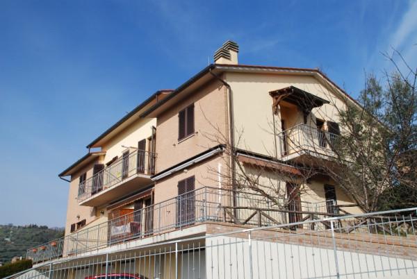Appartamento in Vendita a Panicale: 5 locali, 117 mq