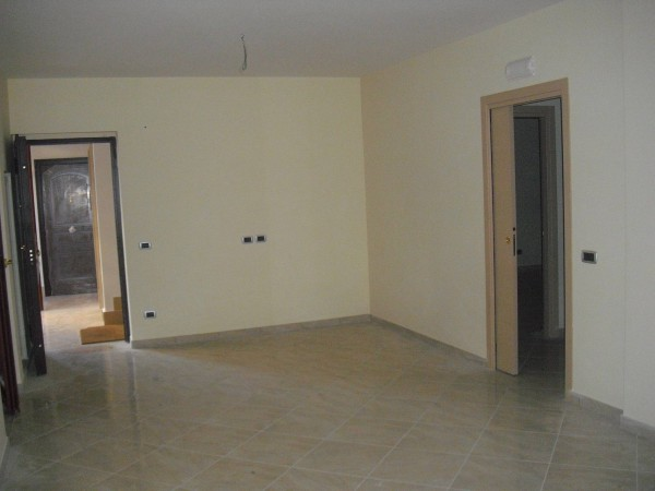 Appartamento in vendita a Caivano, 4 locali, prezzo € 135.000 | Cambio Casa.it