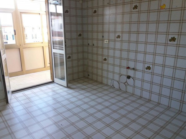 Appartamento in vendita a Casandrino, 3 locali, prezzo € 85.000 | Cambio Casa.it