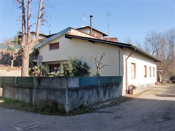 Villa in vendita a Alzate Brianza, 5 locali, prezzo € 290.000 | Cambio Casa.it