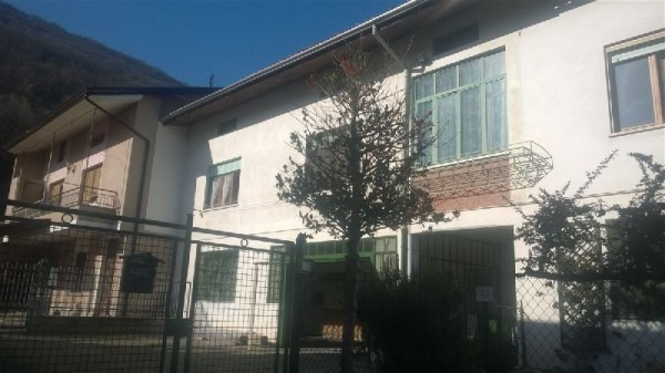 Soluzione Indipendente in vendita a Loranzè, 6 locali, prezzo € 149.000 | Cambio Casa.it