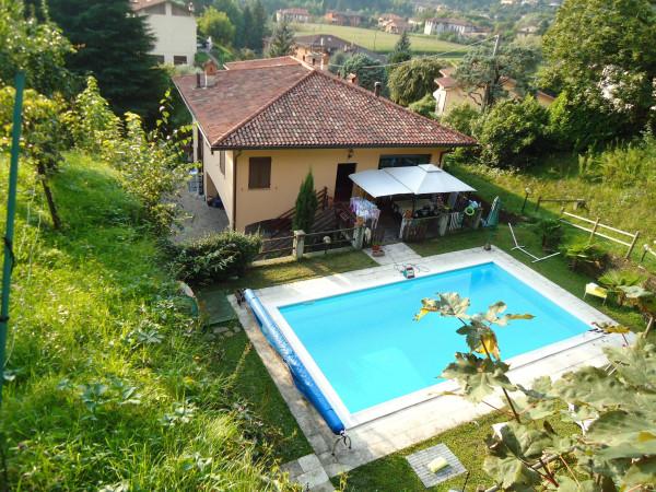 Villa in Vendita a Olgiate Molgora