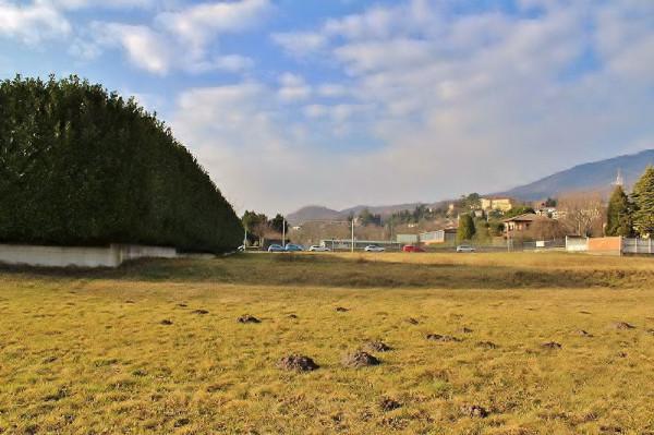 Terreno Edificabile Artigianale in vendita a Barasso, 9999 locali, prezzo € 315.000 | CambioCasa.it