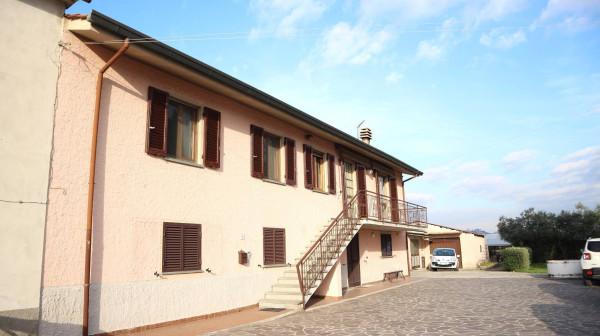 Soluzione Indipendente in vendita a Pescia, 6 locali, prezzo € 270.000   Cambio Casa.it