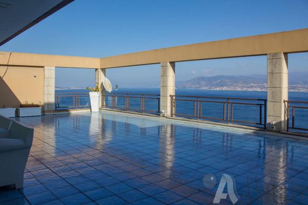 Attico / Mansarda in vendita a Messina, 6 locali, Trattative riservate | Cambio Casa.it