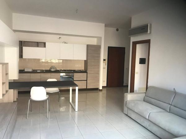 Appartamento in affitto a Monza, 1 locali, zona Zona: 5 . San Carlo, San Giuseppe, San Rocco, prezzo € 550 | Cambio Casa.it