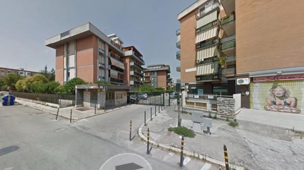 Posto-box auto in Vendita a Foggia Semicentro: 17 mq