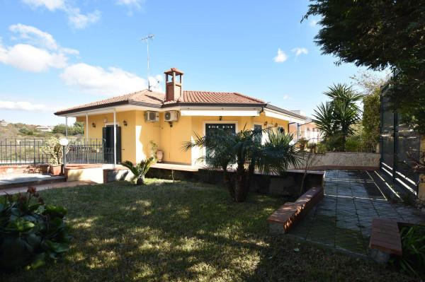 Villa in Vendita a Tremestieri Etneo Semicentro: 5 locali, 220 mq