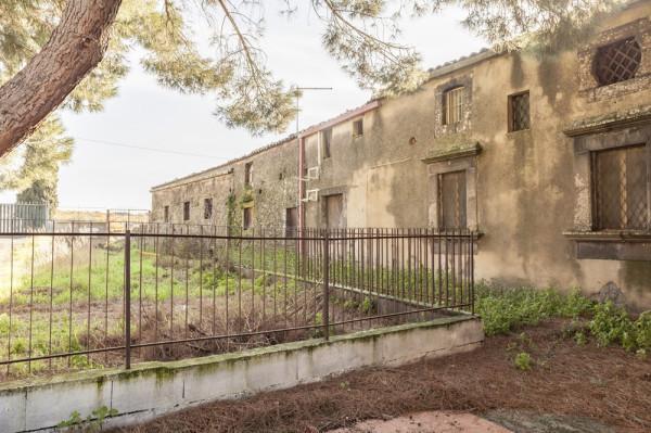 Rustico / Casale in vendita a Belpasso, 9999 locali, prezzo € 470.000   Cambio Casa.it