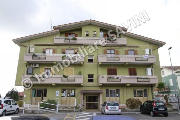 Appartamento in vendita a Lanuvio, 3 locali, prezzo € 127.000 | Cambio Casa.it
