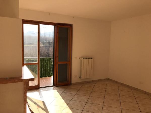 Appartamento in affitto a Giffoni Sei Casali, 3 locali, prezzo € 400 | Cambio Casa.it