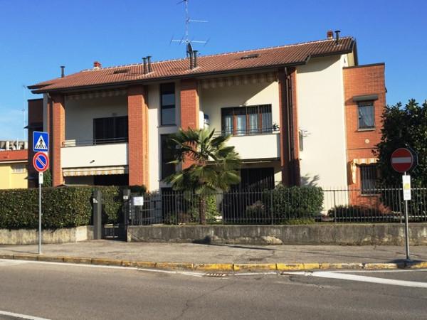 Attico / Mansarda in vendita a Alzate Brianza, 3 locali, prezzo € 119.000 | Cambio Casa.it