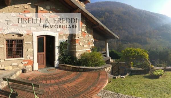 Villa in vendita a Gussago, 5 locali, prezzo € 450.000 | CambioCasa.it