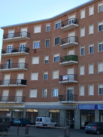 Appartamento in affitto a Chieri, 2 locali, prezzo € 400 | Cambio Casa.it