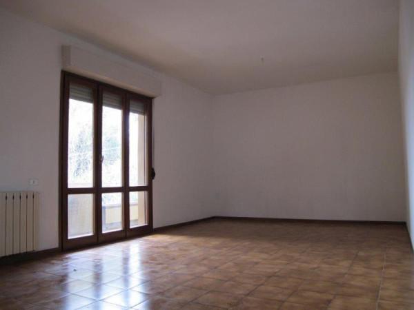 Appartamento in Affitto a Pistoia Centro: 5 locali, 134 mq