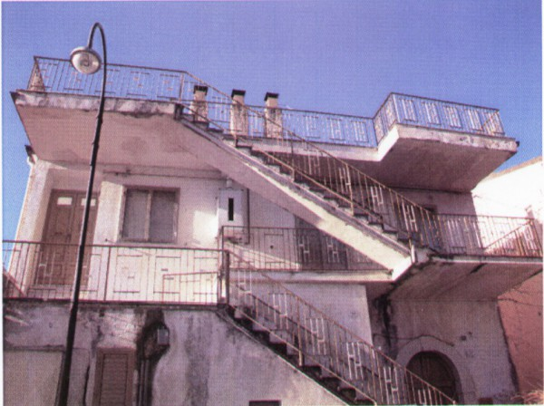Appartamento in vendita a Presenzano, 5 locali, prezzo € 80.000 | Cambio Casa.it