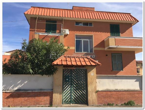 Appartamento in vendita a Fiumicino, 2 locali, prezzo € 135.000 | Cambio Casa.it