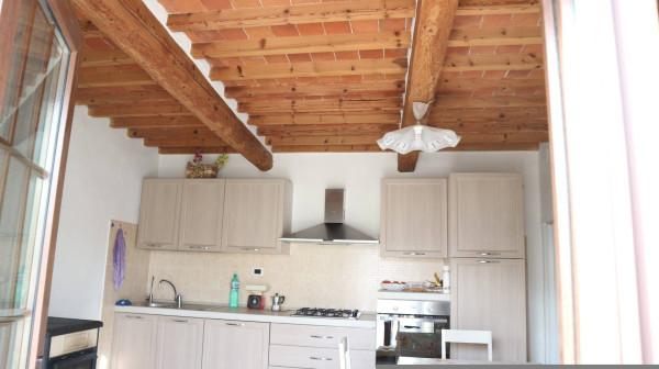 Soluzione Indipendente in vendita a Pescia, 5 locali, prezzo € 89.000 | Cambio Casa.it