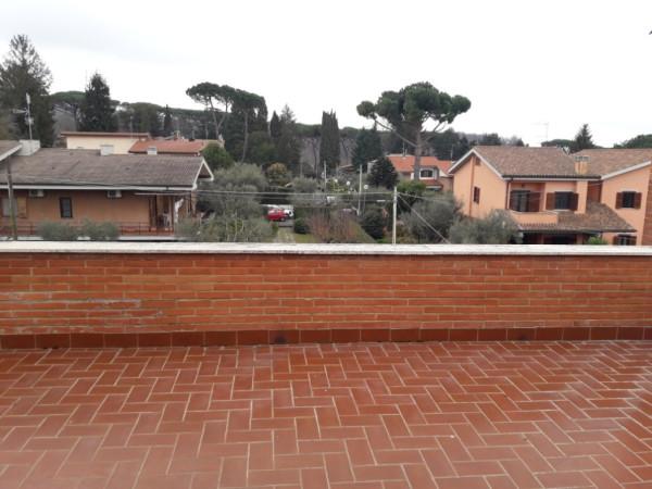 Attico / Mansarda in affitto a Genzano di Roma, 2 locali, prezzo € 380   Cambio Casa.it