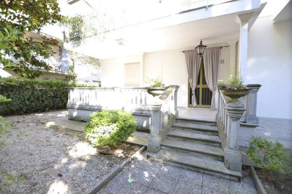 Appartamento in Affitto a Riccione: 5 locali, 120 mq