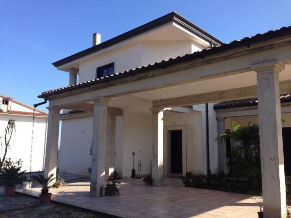 Villa in vendita a Marzano Appio, 6 locali, Trattative riservate | Cambio Casa.it